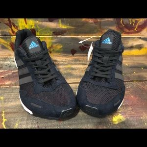Women adidas athletic shoes size 8.5 new